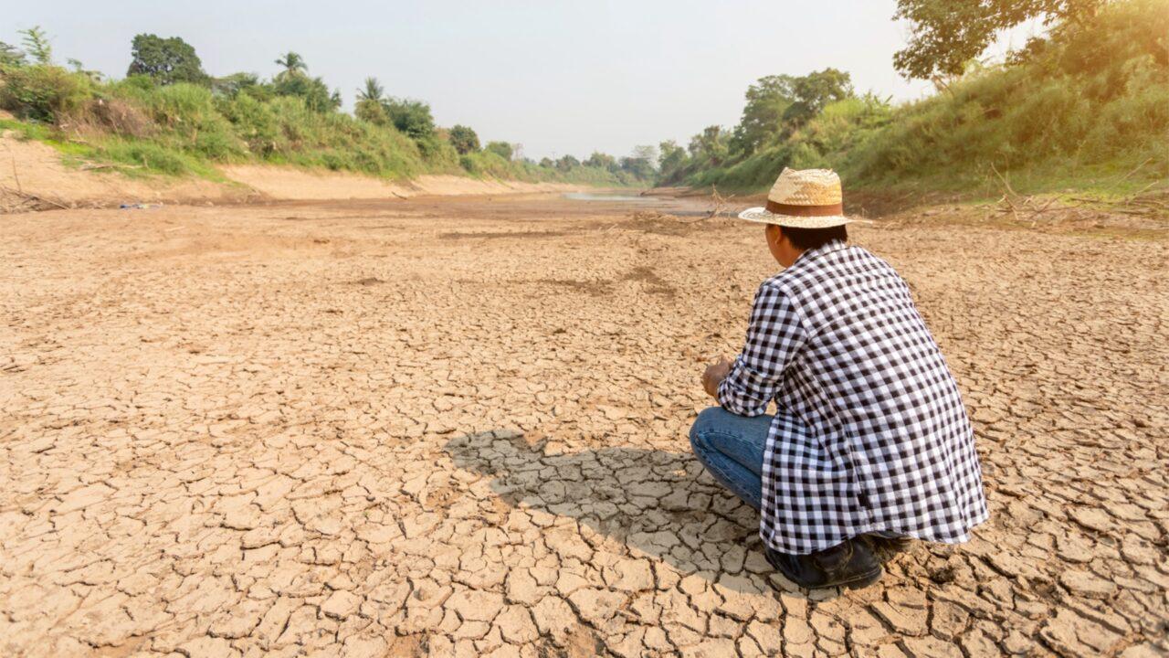 Dürren dur das Abpumpen von Grundwasser
